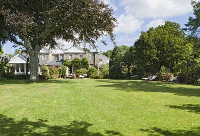 whitehouse, a dog friendly hotel in devon