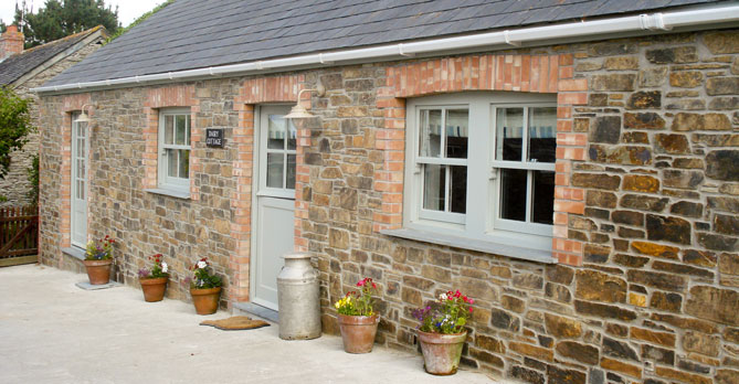 dairy cottages, dog friendly places to stay in cornwall