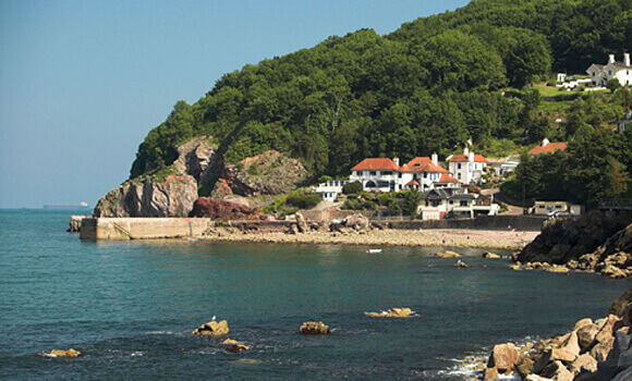 Babbacombe Beach, a dog friendly beach in Devon