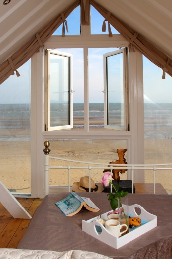 Barefoot Beach House, a dog friendly holiday rental near Brighton featured on Unique Home Stays.
